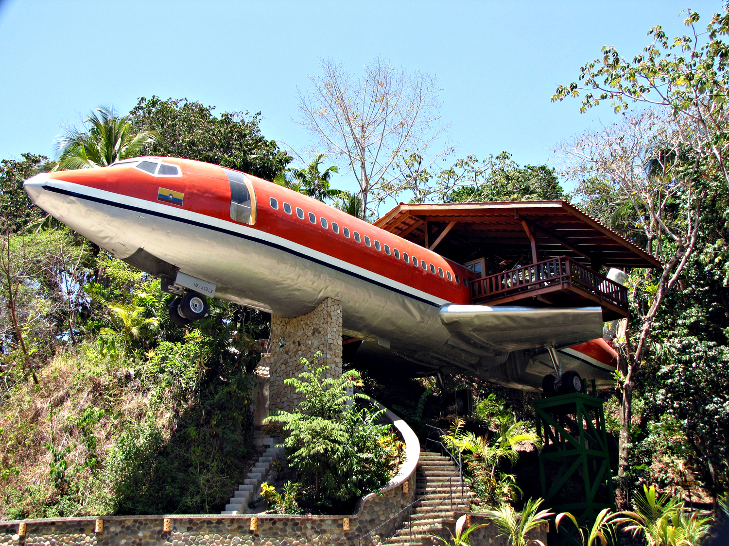 Travel: Eco Hotels: 1965 Boeing 727 is reborn at Hotel Costa Verde
