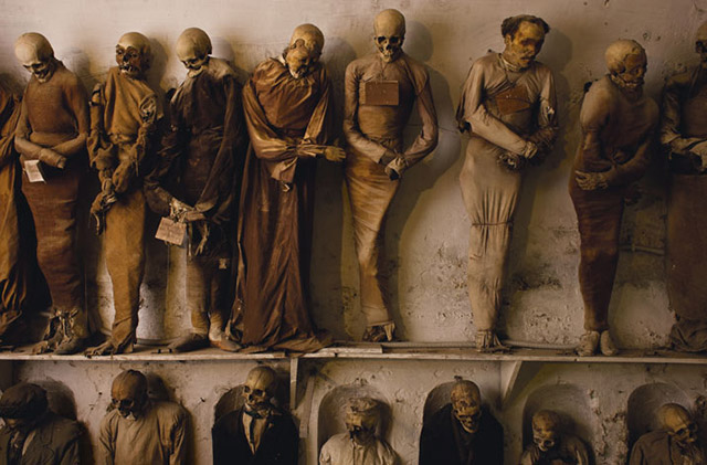 TRAVEL:Capuchin Catacomb Mummies of Palermo, Italy