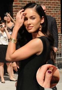 Megan Fox Defect: deformed thumbs
