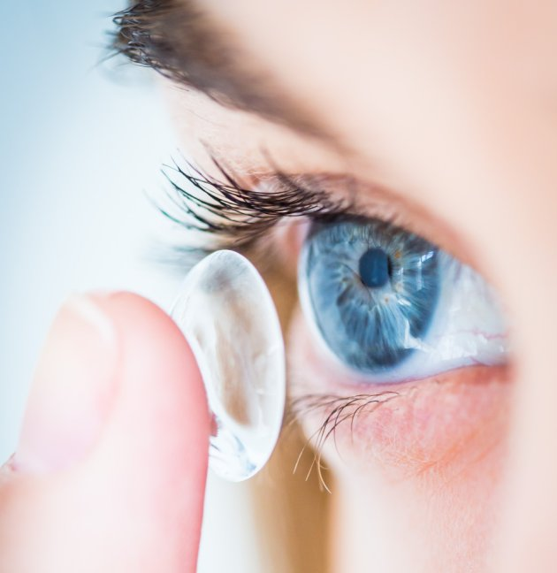 New contact lenses allow wearers to zoom in and out
