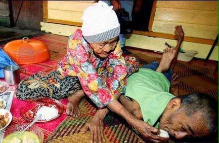 A mother's love is just priceless: Woman, 100, still takes care of disabled son, 62