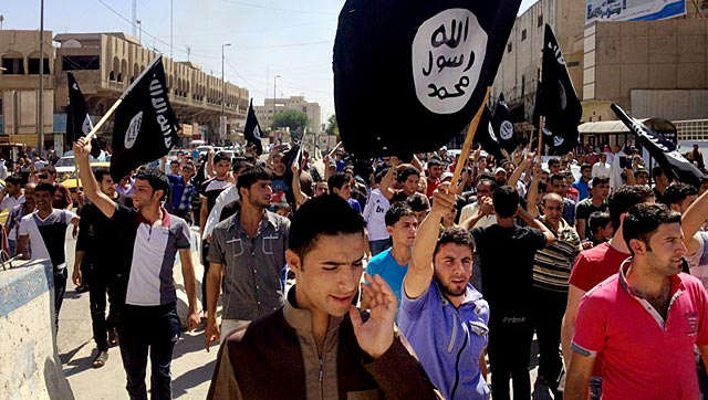 IS beheads two Syrian women 'for the first time'