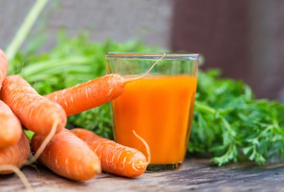 Turmeric Carrot Juice Recipe for Lymphatic System Cleansing and Joint Pain Relief