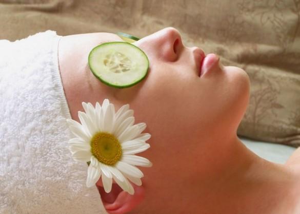 Get Rid of the Dull Skin: 37 Herbal Tips to Gain Glowing Skin