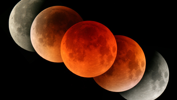 "Total Lunar Eclipse September 27-28 – Most ""Super"" Supermoon of the Year"