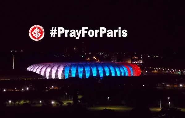 To Honor Paris November 13, 2015 Victims: Famous Landmarks Around the World Light Up With Red, White, Blue