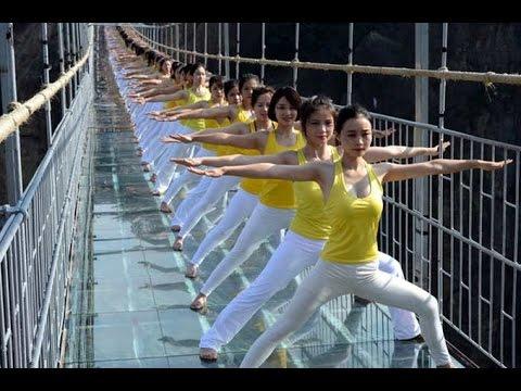 China: First Glass-Bottom Bridge Opens