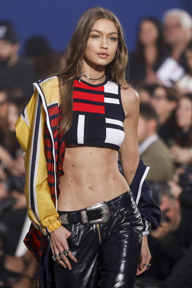 BEAUTY: Gigi Hadid's Abs, The Main Attraction at the Extravagant Tommy x Gigi Show
