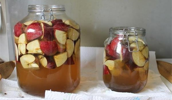 HEALTH EDUCATION: HOW TO MAKE THE BEST APPLE CIDER VINEGAR AT HOME