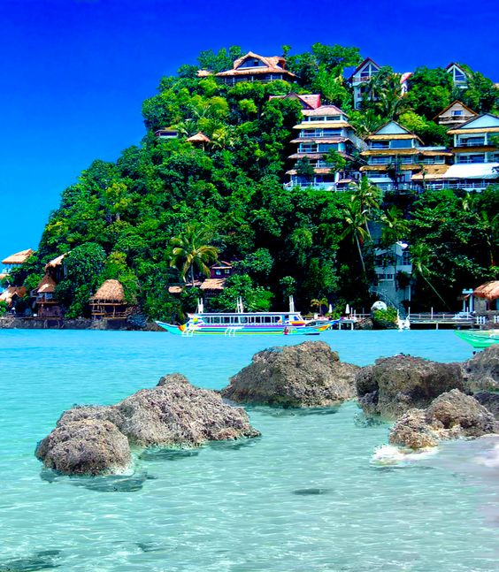 TRAVEL: WORLD-CLASS, FASCINATING AND LUXURIOUS RESORTS IN PHILIPPINES